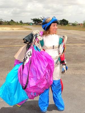 Ruth (instrutora de paraquedismo) (Foto: Viviane Leão/Globoesporte.com)
