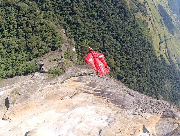 Luigi Cani encara mais um desafio para o Esporte Espetacular - Pedra Azul - Espirito Santo (Foto: Divulgação)