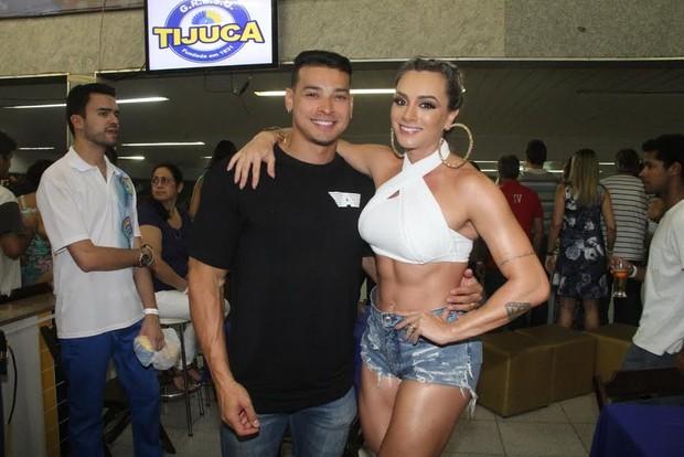Juju Salimeni com o namorado Felipe Franco (Foto: Thyago Andrade/ Ag. Brazil News)