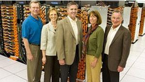 Equipe dos EUA responsável pela criação do supercomputador Sequoia, da americana IBM (Foto: Divulgação)