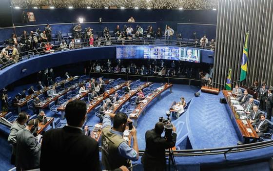 Plenário do Senado durante 1º votação do impeachment. (Foto: Sergio Lima/ Época)