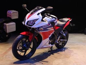 Honda CBR 300 R (Foto: Rafael Miotto/G1)