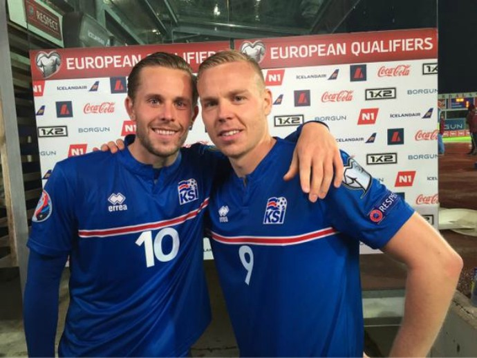 Sigurdsson e Sigthórsson Islândia (Foto: Reprodução / Twitter)