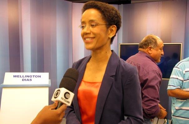 Zileide Silva mediou o debate entre candidatos ao governo do Piauí (Foto: Katylenin França/TV Clube)