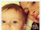 Claudia Leitte posa com o filho caçula, Rafael