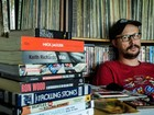 Colecionador de livros e discos, fã dos Stones 'estuda' setlists antes de show