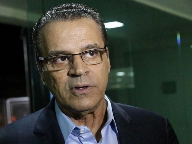 Resultado de imagem para Henrique Alves diz que está à disposição da justiça