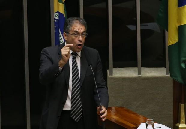 O líder do PT na Câmara, Carlos Zarattini (Foto: Valter Campanato/Agência Brasil)