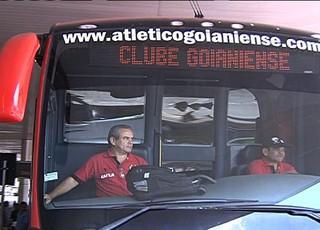 Ônibus - Atlético-GO (Foto: Reprodução / TV Anhanguera)