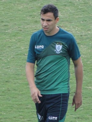 Robertinho, lateral-direito do América-MG (Foto: Lucas Borges)