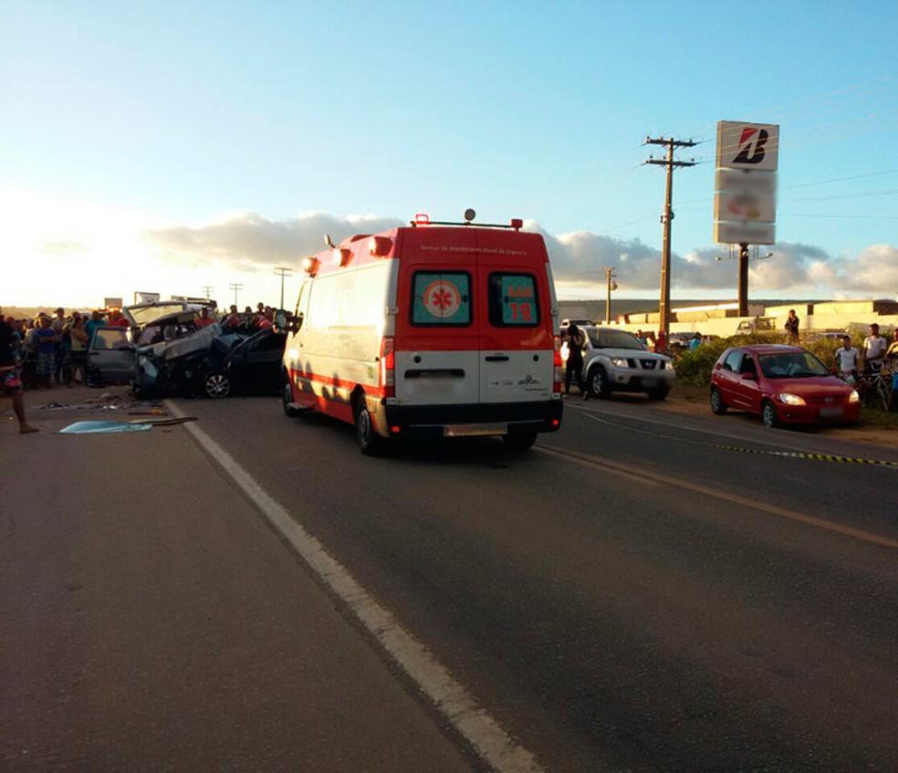 Acidente aconteceu no trecho do anel viário da cidade, na tarde desta quinta (Foto: PRF/ Divulgação)
