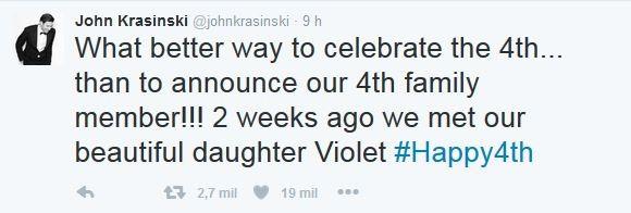 John Krasinski conta que Emily Blunt deu à luz a Violet, segunda filha do casal (Foto: reprodução/twitter)