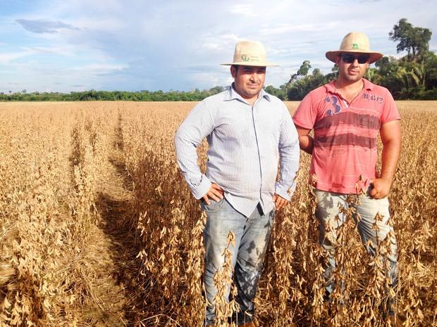 Os irmãos Fábio e Fernando Di Carlo de Cujubim, deixaram o estado do Paraná há quatro anos  (Foto: Franciele do Vale/G1)