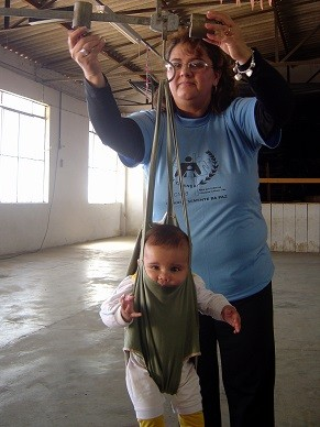 A Pastoral da Criança faz um acompanhamento desde a gestação até os seis anos de idade (Foto: Divulgação/ Pastoral da Criança)