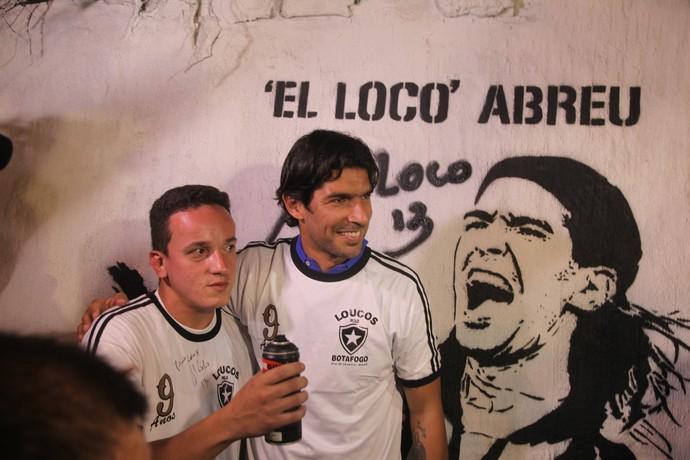 Loco Abreu, evento muro ídolos do Botafogo (Foto: João da Mata)
