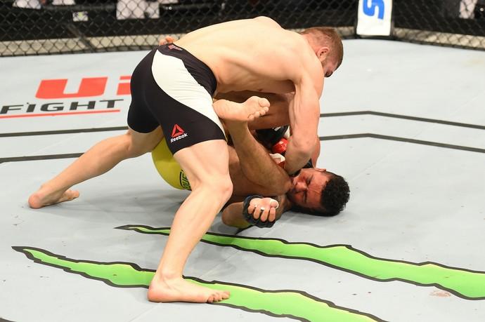 Ion Cutelaba x Henrique Frankenstein UFC Auckland (Foto: Getty Images)
