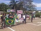 Amapaenses fazem ato pelo impeachment de Dilma