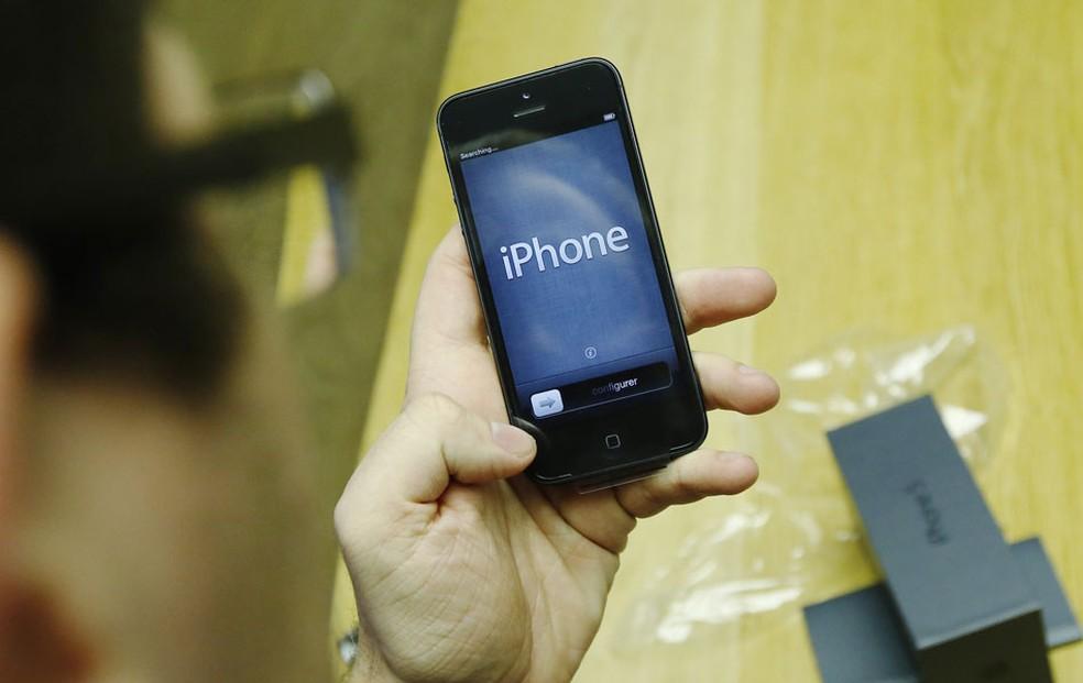 Tecnologia de tela sensível ao toque foi uma das que permitiram o desenvolvimento do iPhone (Foto: Reuters)