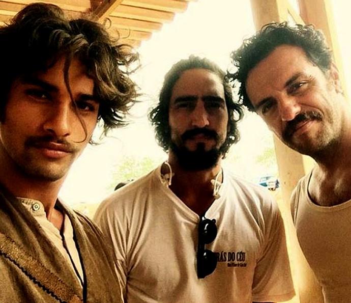 Nos bastidores das gravações, Pablo Morais faz selfie com Renato Goes e Rodrigo Lombardi (Foto: Arquivo Pessoal)