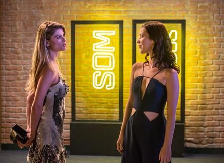Diana provoca Júlia e diz que não vai desistir de Gui