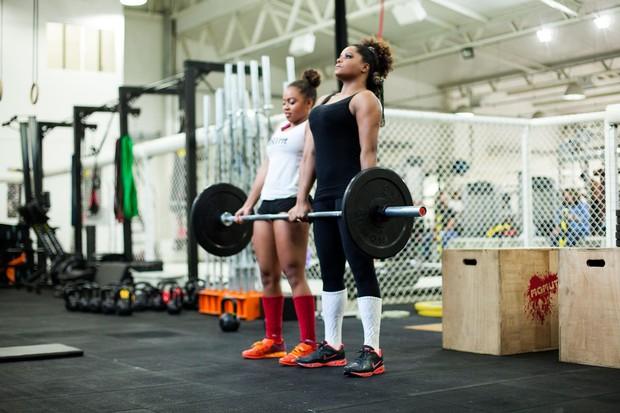 Adriana Bombom e Olivia (Foto: Anderson Barros / EGO)