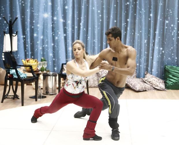 Marcello Melo Jr. e Raquel Guarini treinam ritmo da final (Foto: Inácio Moraes/ Gshow)