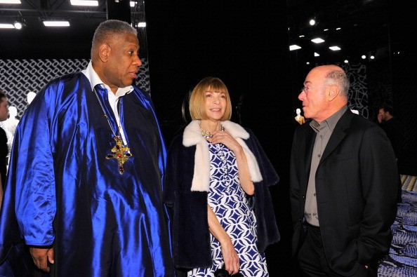 Andre Leon Talley, Editor-in-Chief of Vogue Magazine Anna Wintour, wearing Diane Von Furstenberg, and producer David Geffen (Foto: Andre Leon Talley, Editor-in-Chief of Vogue Magazine Anna Wintour, wearing Diane Von Furstenberg, and producer David Geffen)