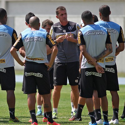 Vagner Mancini Botafogo treino (Foto: Vitor Silva / SSPress)