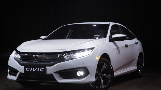 Honda Civic 2017; FOTOS