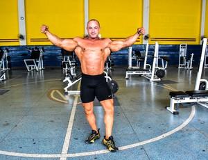 O atleta dedica 4 horas do seu dia ao esporte. (Foto: Fúlvia Defante.)