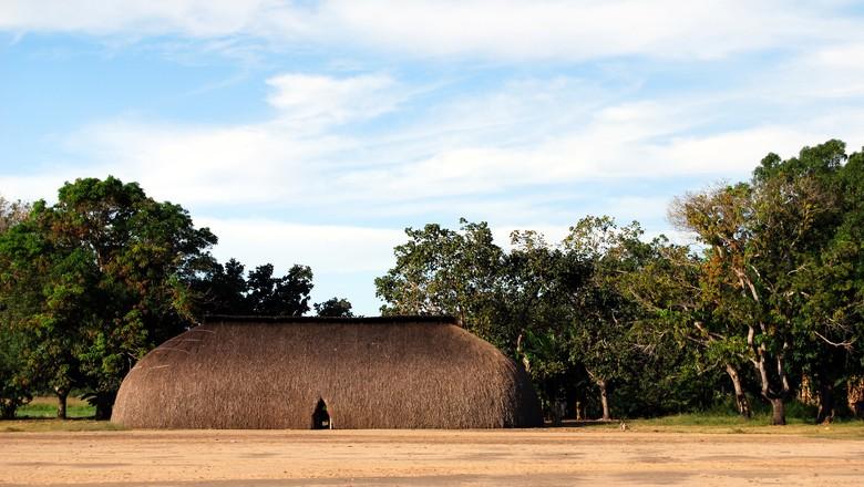 cronica-oca-indio-casa-floresta-mato (Foto: Thinkstock)