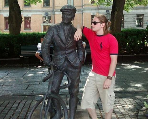 Lucas em uma de suas viagem pela Europa (Foto: Arquivo Pessoal)