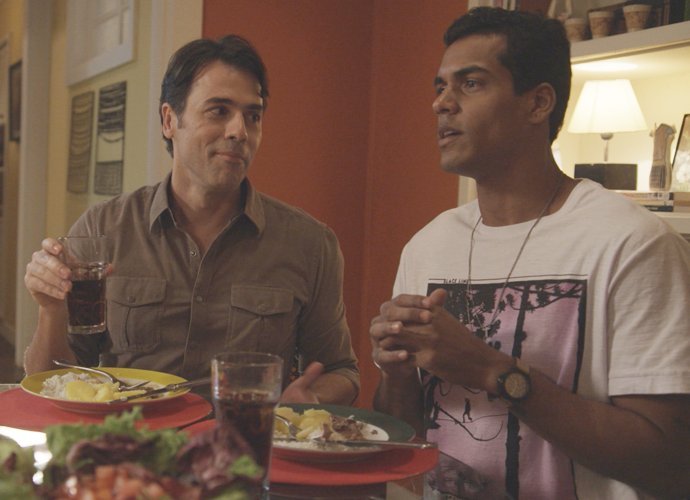 Do outro lado da mesa, Sérgio e Ivan  (Foto: Divulgação/TV Globo)
