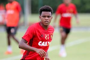 Rithely Sport (Foto: Marlon Costa / Pernambuco Press)