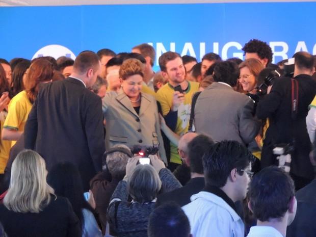 Presidente se reuniu com alunos durante inauguração de fábrica no RS (Foto: Gabriel Galli/G1)