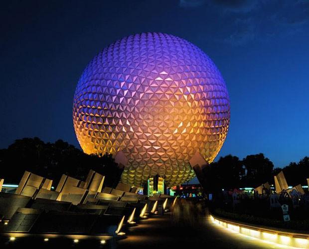 O Spaceship Earth faz uma viagem à história das comunicações (Foto: Divulgação/Walt Disney World)