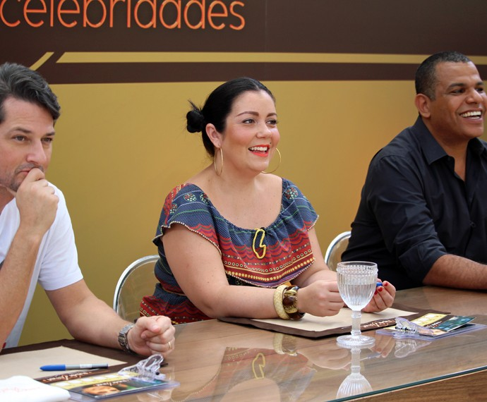Marcelo Serrado, Ludmilla Soeiro e Jan Santos (Foto: Carolina Morgado/Gshow)