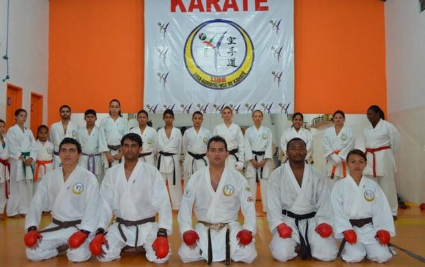 Karatecas vão disputar medalhas em Campeonato Brasileiro em Sergipe (Foto: Rodrigo Litaiff/GLOBOESPORTE.COM)