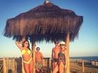 Thammy Miranda exibe peitoral em dia de sol na Bahia