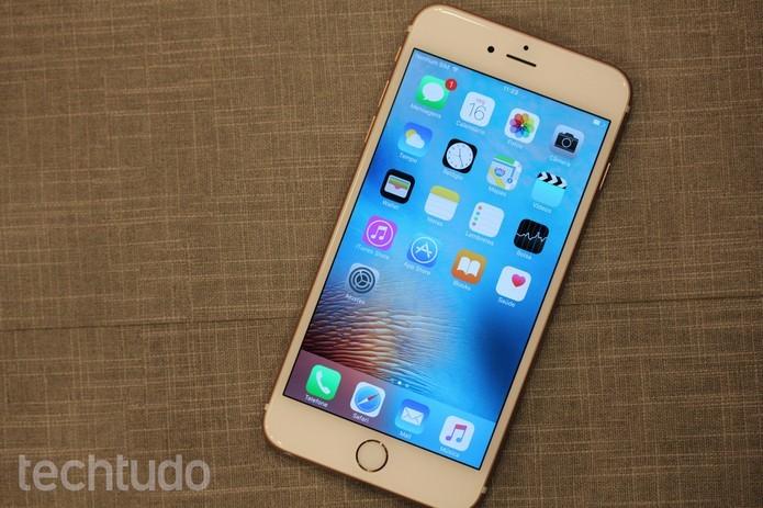 iPhone 6S Plus conta com o iOS 9 (Foto: Lucas Mendes/TechTudo) (Foto: iPhone 6S Plus conta com o iOS 9 (Foto: Lucas Mendes/TechTudo))