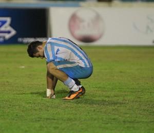 Dennis chorou bastante a perda do título do Parazão (Foto: Akira Onuma/O Liberal)