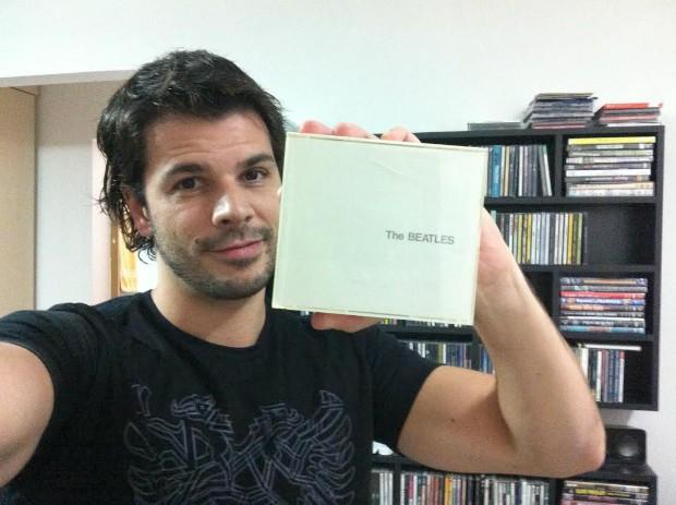 Inspirado pelo Dia do Rock, Jonas Almeida conta quais são seus clássicos (Foto: Arquivo pessoal )