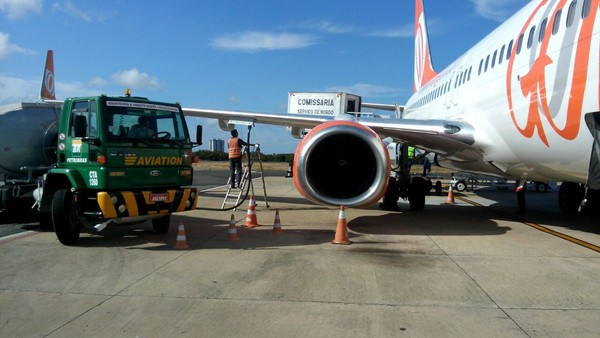 [Brasil] Companhias aéreas demitem mais de 600 mecânicos em aeroportos, diz sindicato Mecanicodemanutencao