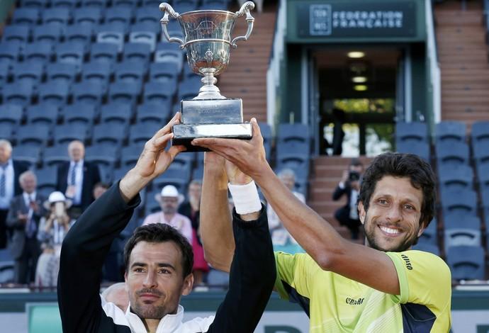 Marcelo Melo e Dodig são campeões em Roland Garros (Foto: REUTERS/Pascal Rossignol)