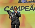 Marcos Gomes festeja título inédito da  Stock Car e sonha com bicampeonato