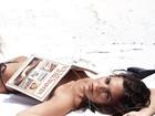 Mariana Goldfarb posa de topless em praia e ganha elogio: 'Musa'