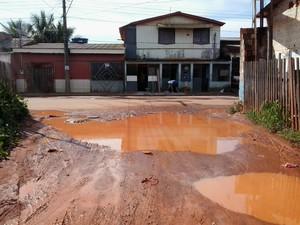 Travessa em Rio Branco (Foto:  Marivaldo de Paula/VC no G1)