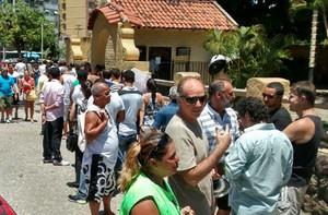 fila ingressos botafogo (Foto: Raphael Bózeo)