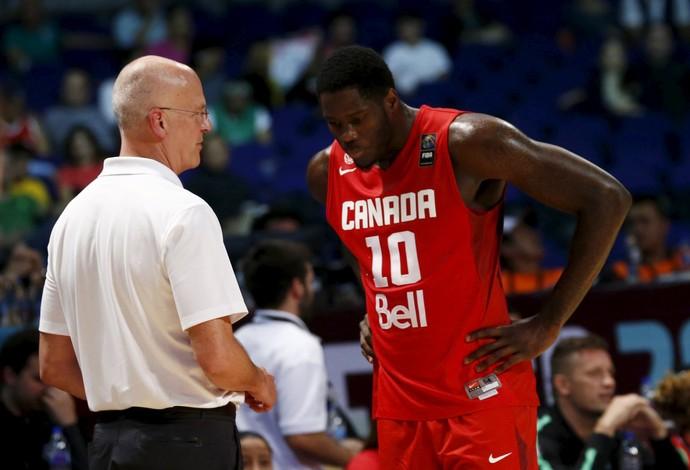 O Canadá do técnico Jay Triano e do pivô Anthony Bennett terminiou na primeira colocação (Foto: REUTERS/Henry Romero)