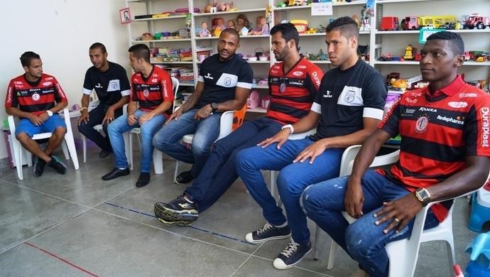 Jogadores, Treze e Campinense, ação social (Foto: Divulgação / Hospital de Trauma)